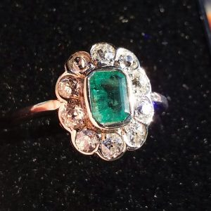 Wonderful rose gold cluster with vibrant Columbian Emerald & old cut diamonds