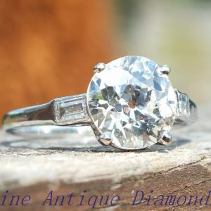 Outstanding old cut diamond ring