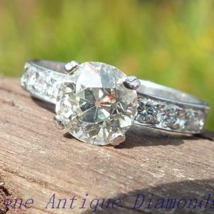 Lovely VS1 2ct old cut diamond solitaire ring