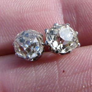 Old cushion cut stud diamond earrings 2.15ct