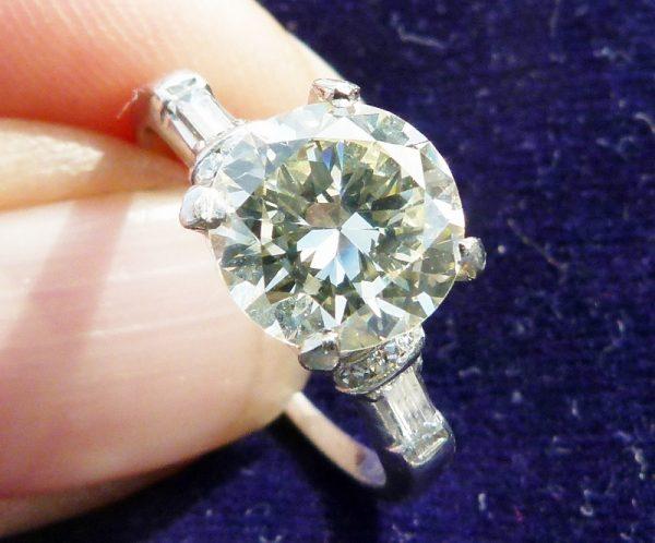 Platinum 2.07ct diamond solitaire ring