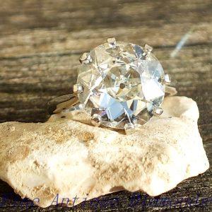Beautiful old cut diamond ring