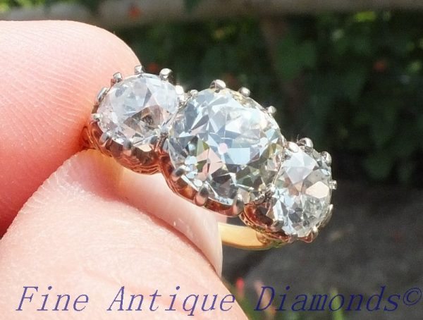 Exceptional old cut diamond ring