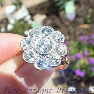 Vintage daisy diamond cluster ring